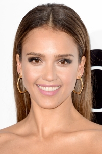 Jessica Alba People Choice Awards 2014 (Photo Credit: Getty Images)